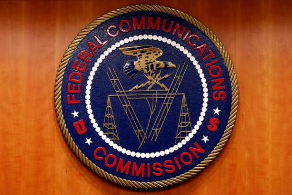 美国将禁止运营商用联邦补贴购买中国企业生产的任何电信设备