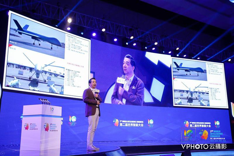 """中国无人机如何发展?""""局座""""张召忠:开放低空飞行"""
